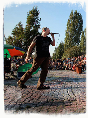 Not just an Asian obsession at the Mauerpark Bearpit Karaoke. - by SL Wong