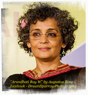 Read more about the article Arundhati Roy on Democracy