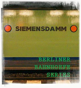 U-Bahnhof Siemensdamm - by SL Wong