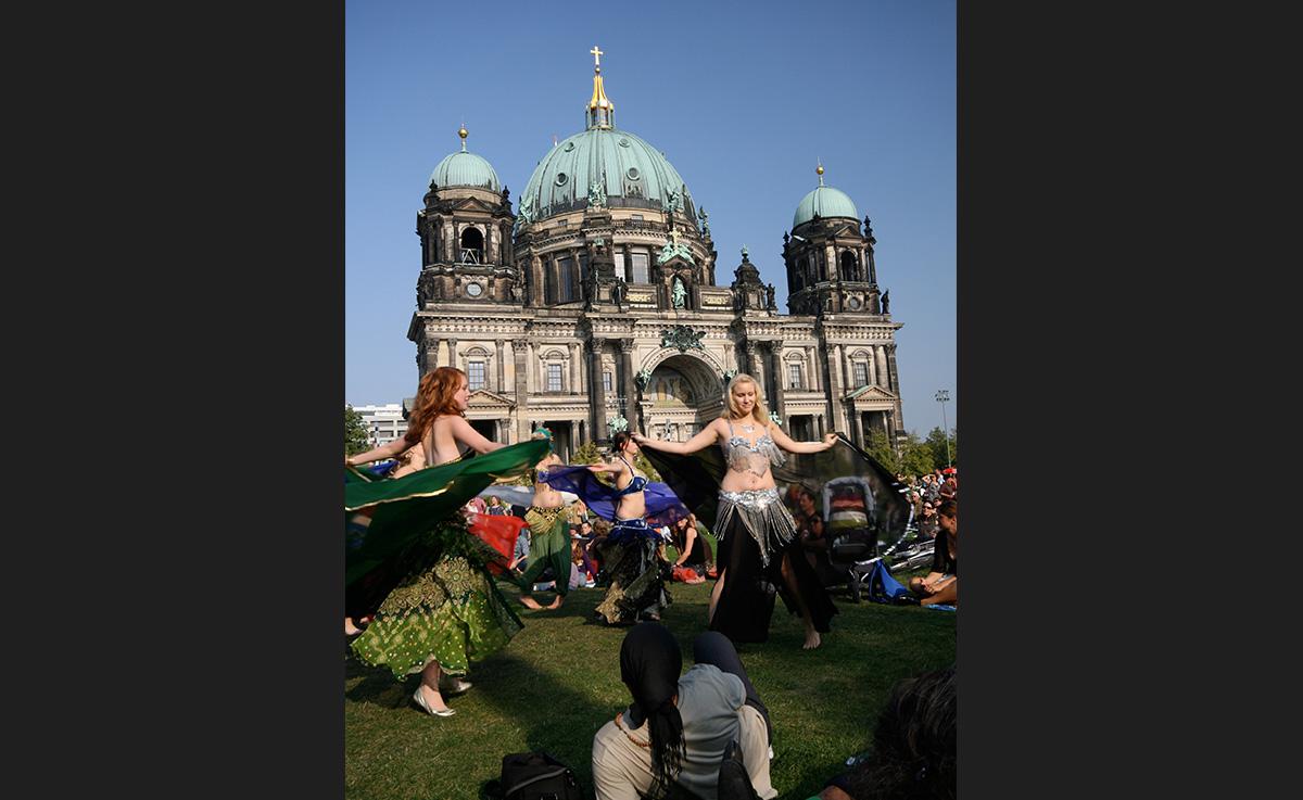 Shimmying in front of the Berliner Dom. - <em>by S.L. Wong</em>